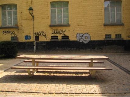 Table de pique nique abbaye de la Cambre