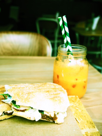 Apple, Orange, Carrot & Ginger juice + chicken sandwich