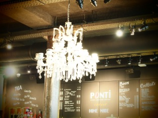Ponti corner ceiling lights