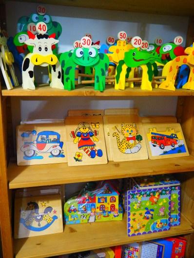 Le comptoir, jouets